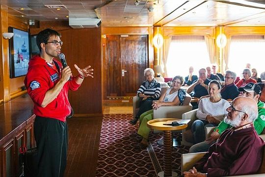 Лекции на борту «Си Спирит»
